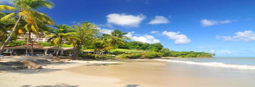 Destinations touristiques insolites : choisir un séjour combiné Cuba Bahamas